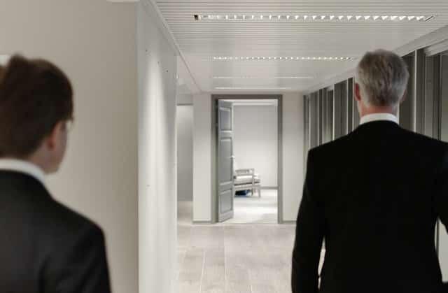 Contratación abogados colaboradores para el despacho