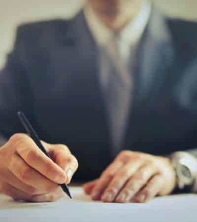 consecuencias falsificar documentos ayudas estado