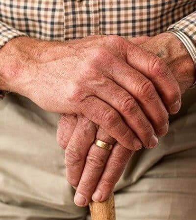 denunciar a las residencias de ancianos por coronavirus